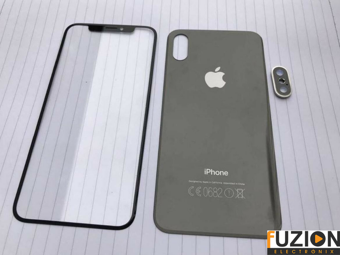 Leaked photos of the front and back panel of the new iPhone